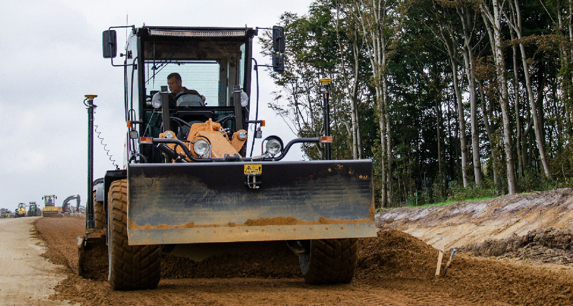 Leica iCON grade solutions for dozers and moter graders