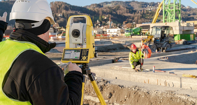 the next generation of iCON manual total stations, the Leica iCON iCB50 and iCB70