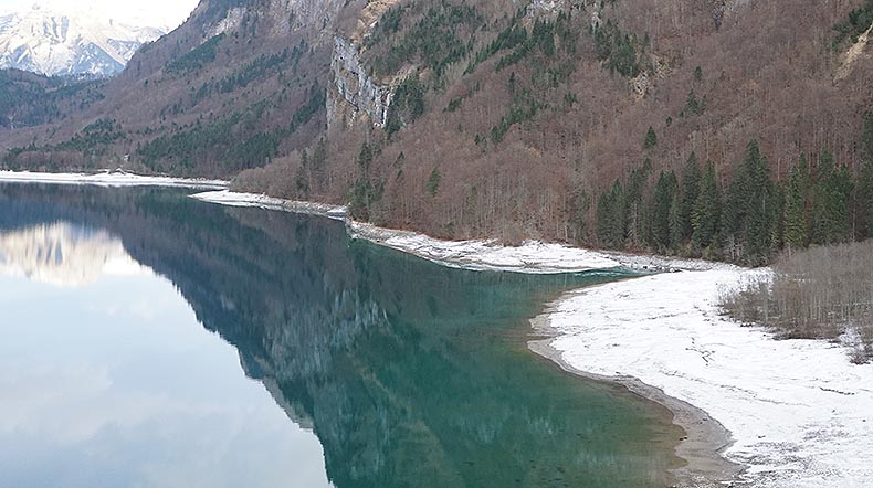 impassable coat on the south of the Klöntalersee