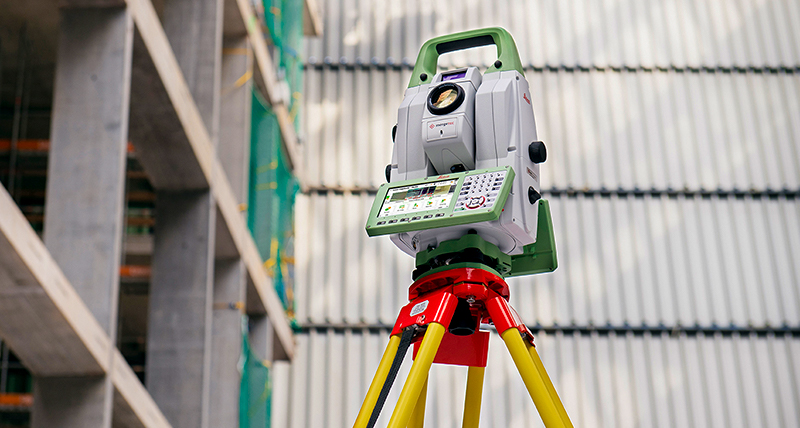 Improve your skills with total stations
