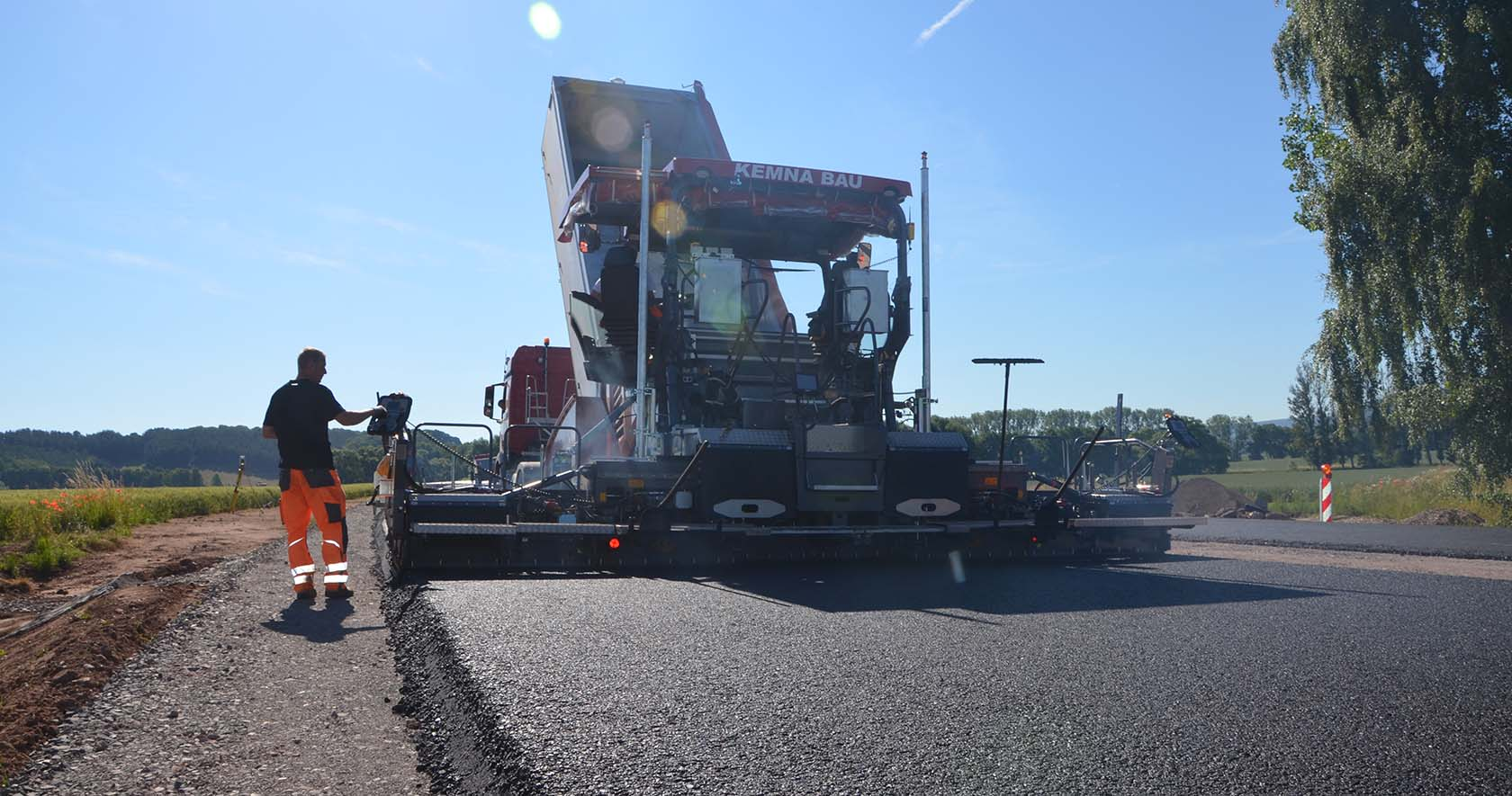 Dams Paving Finishing Compaction