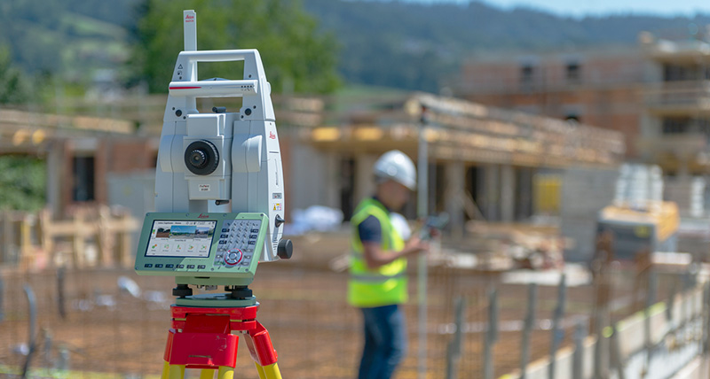 Leica TS16 Robotic Total Station On Site