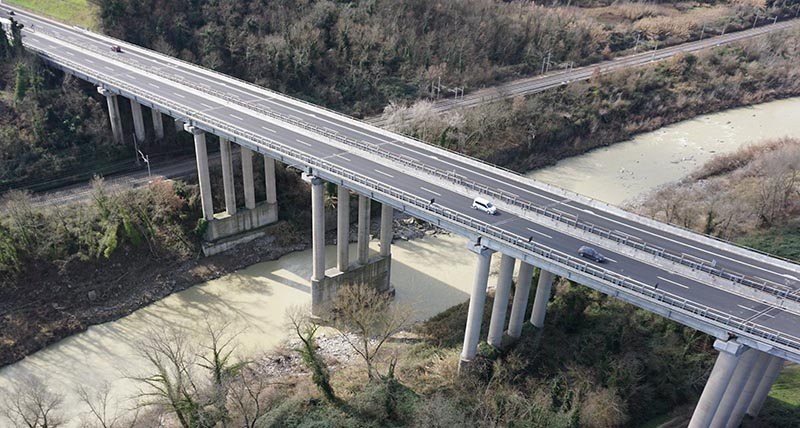 Using UAV for bridge inspection
