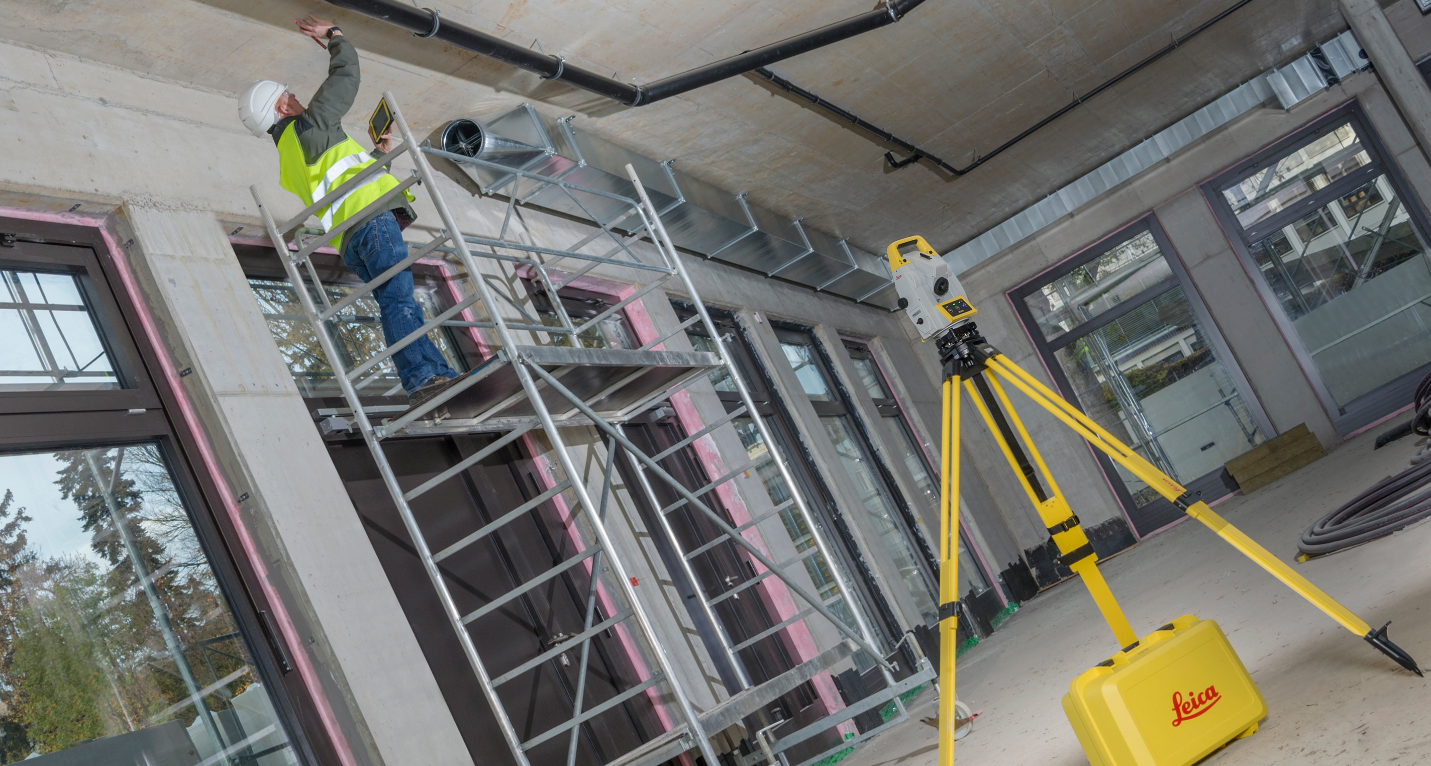 New Leica iCON iCT30 provides easy-to-use operations for layout tasks in construction